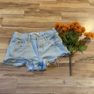 Hollister bleached washed jean shorts size 1